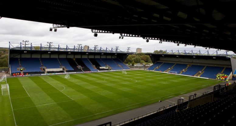 XtraGrass Oxford United Kassam Stadium